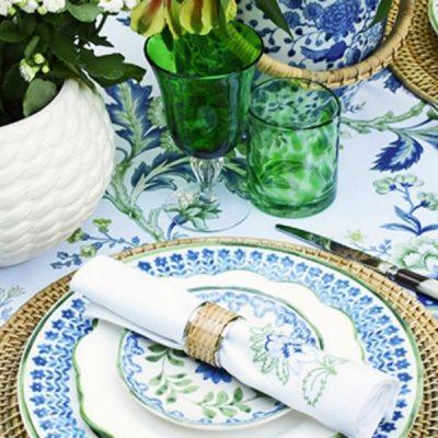 Blue & White Table Setting Inspiration