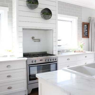 A Beautifully Designed Hamptons Style Kitchen