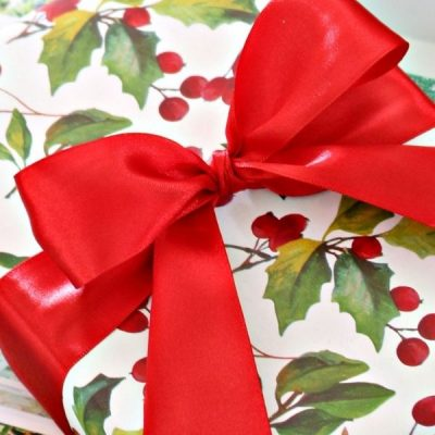 How To Wrap Your Presents Beautifully