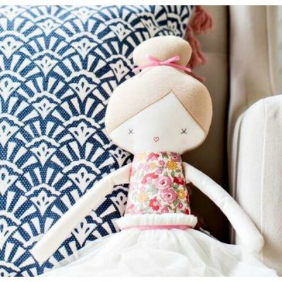 How To Design A Fun & Functional Girls Bedroom