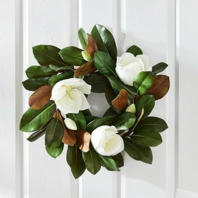 Beautiful Christmas Wreaths For Your Home